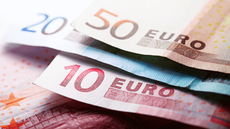 Yurt Dışına Para Gönderme Yöntemleri ve Komisyon Oranları